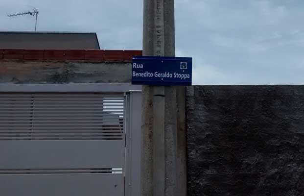Foto: Setor de Transito da Prefeitura providencia placas indicativas de ruas nos bairros Cisne e Ipê II