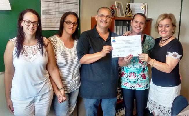Foto: Equipe da Vigilância Epidemiológica de Descalvado recebe certificação de excelência pelos serviços prestados