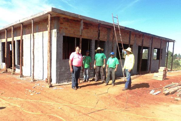 Becão visita obras do prédio que vai abrigar o CRAS do Bairro do Tamanduá