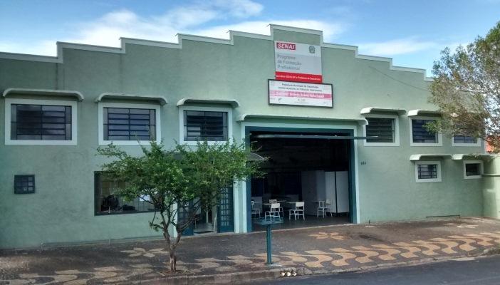 Centro Municipal de Formação Profissional abre inscrições para quatro cursos; total é de 50 vagas
