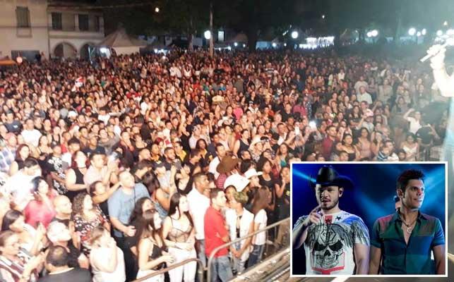 Foto: Cerca de 8 mil pessoas lotaram a Praça da Matriz no último dia de shows