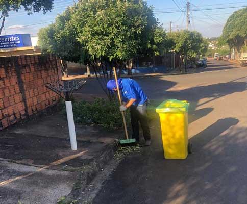 Prefeitura inova na terceirização da limpeza urbana e serviços já começaram a ser executados